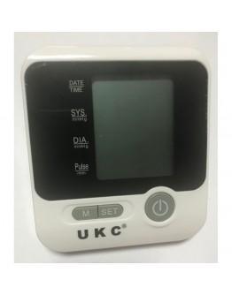 Апарат UKC за измерване на кръвно налягане с голям LCD дисплей